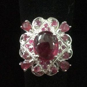 Stunning ! Genuine Ruby Ring